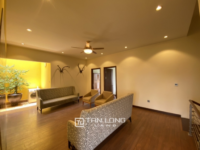 High end and luxurious 6 bedroom villa for rent in Q zone Ciputra Central Park 1