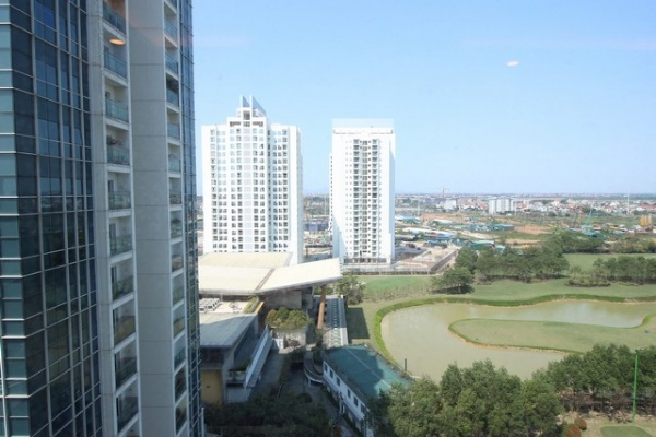 High floor 154sqm apartment for rent in L1 tower Ciputra Tay Ho