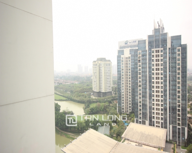 High floor and well- equipped 3 bedroom apartment for rent in L3 The Link Ciputra urban area 7