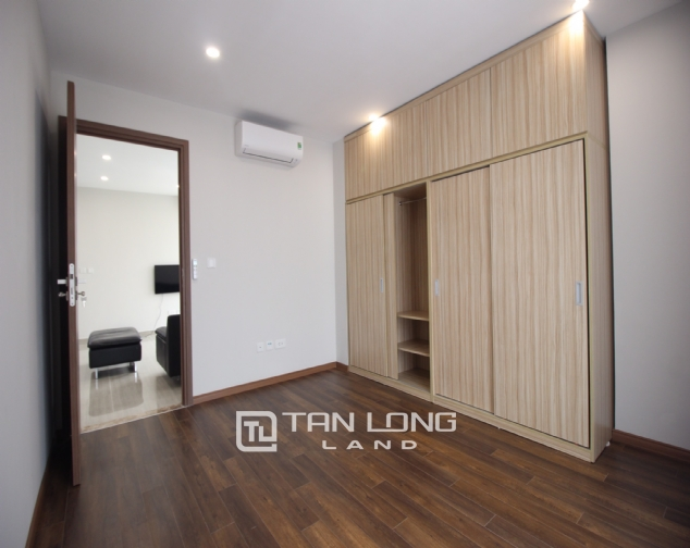 High floor and well- equipped 3 bedroom apartment for rent in L3 The Link Ciputra urban area 5