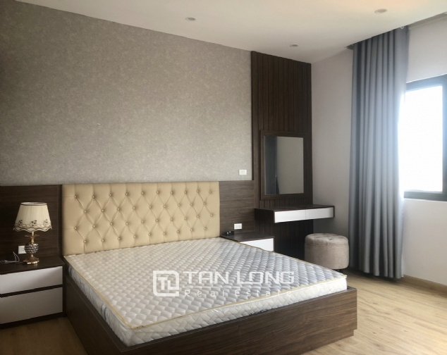 High floor apartment for lease in Tay Ho street, Tay Ho district! 8
