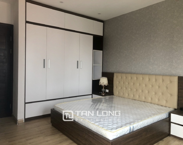 High floor apartment for lease in Tay Ho street, Tay Ho district! 9