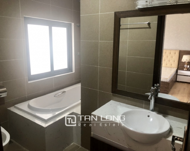 High floor apartment for lease in Tay Ho street, Tay Ho district! 10