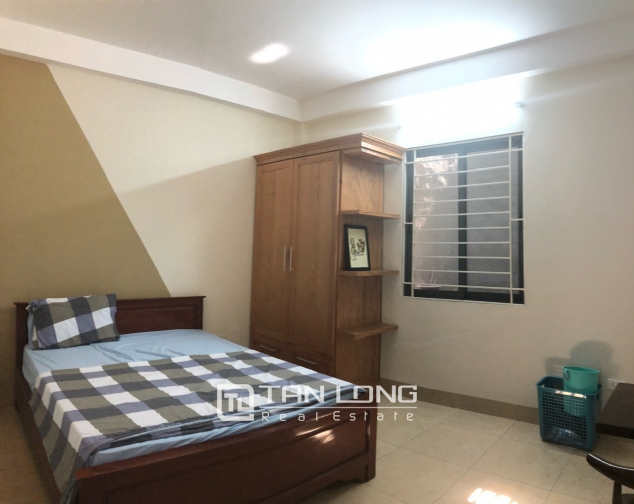 High floor house for rent in Au Co street, Tay Ho district! 5