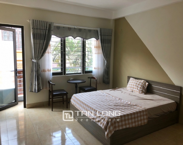 High floor house for rent in Au Co street, Tay Ho district! 10