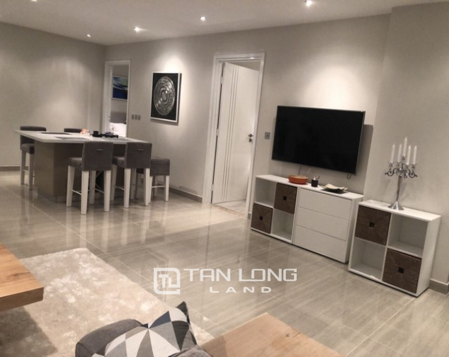 High rise and spacious 2 bedroom apartment for rent in L tower The Link Ciputra 2