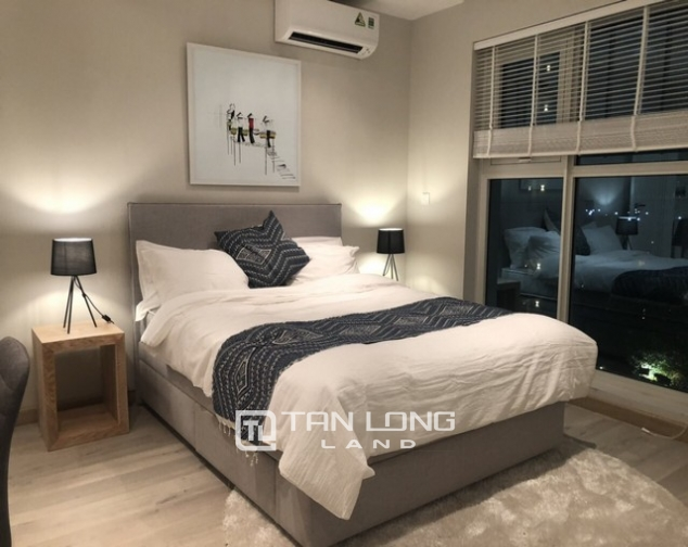 High rise and spacious 2 bedroom apartment for rent in L tower The Link Ciputra 4