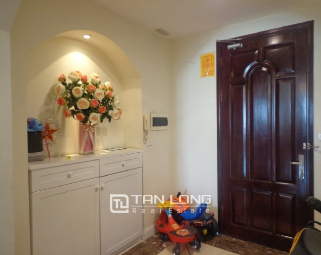 High-end apartment with 3 bedrooms for rent in Kinh Do Tower, 93 Lo Duc 3