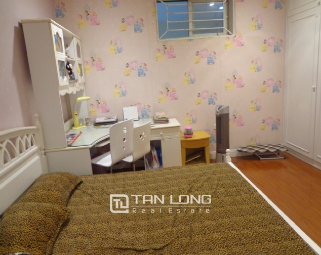 High-end apartment with 3 bedrooms for rent in Kinh Do Tower, 93 Lo Duc 10