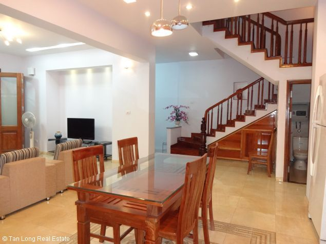 House for rent in Dang Thai Mai street 6