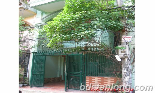House for rent in Hoang Ngan street, Thanh Xuan district, Hanoi 1