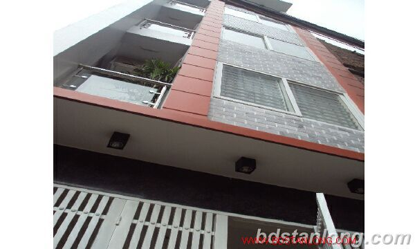 House for rent in Lac Long Quan, Tay Ho, Ha Noi 1