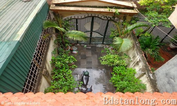 House for rent in Nguyen Phong Sac street, Cau Giay district 7