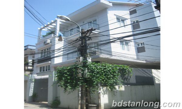 House for rent in Au Co, Tay Ho, Ha Noi