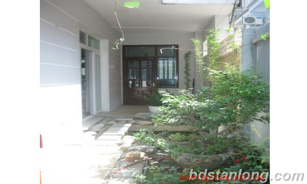 House for rent in Tay Ho, Ha Noi 2