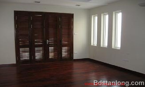 House for rent in Thuy Khue street, Tay Ho dist, Ha Noi 1