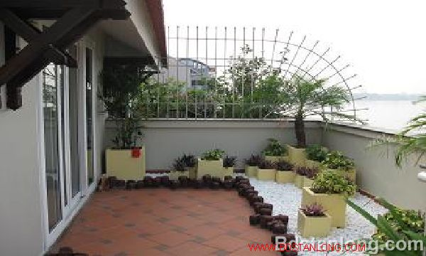 House for rent in Thuy Khue street, Tay Ho dist, Ha Noi 6