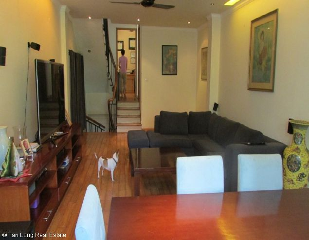 House for rent in To Ngoc Van streets, Tay Ho district. 3