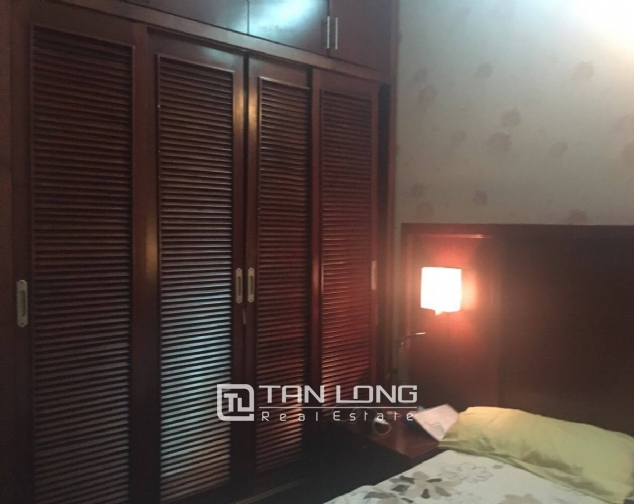 House for rent on Lac Long Quan street! 9