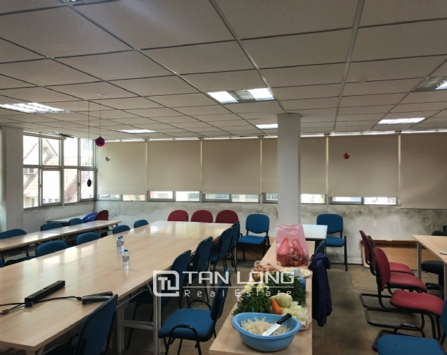 House for rent to make office in Tay Ho street 8