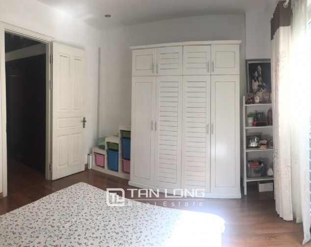 House for rent with 4 bedrooms on Trinh Cong Son street, Tay Ho district! 6