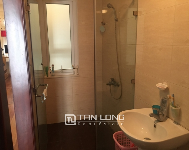House for rent with 4 bedrooms on Trinh Cong Son street, Tay Ho district! 8