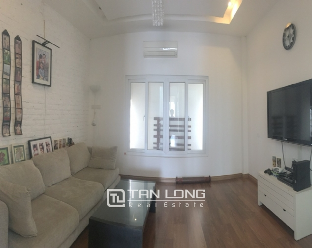 House for rent with 4 bedrooms on Trinh Cong Son street, Tay Ho district! 9