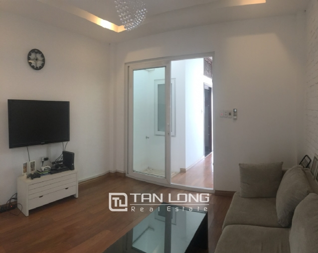 House for rent with 4 bedrooms on Trinh Cong Son street, Tay Ho district! 10