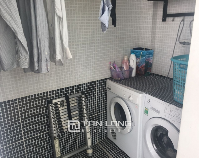 House for rent with 4 bedrooms on Trinh Cong Son street, Tay Ho district! 5