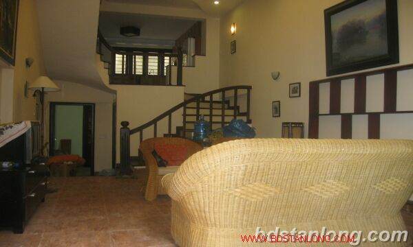 House in Au Co, Tay Ho for rent 8