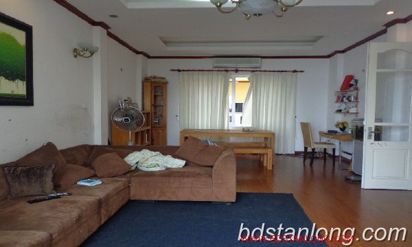 House in Tay Ho Hanoi for rent 4