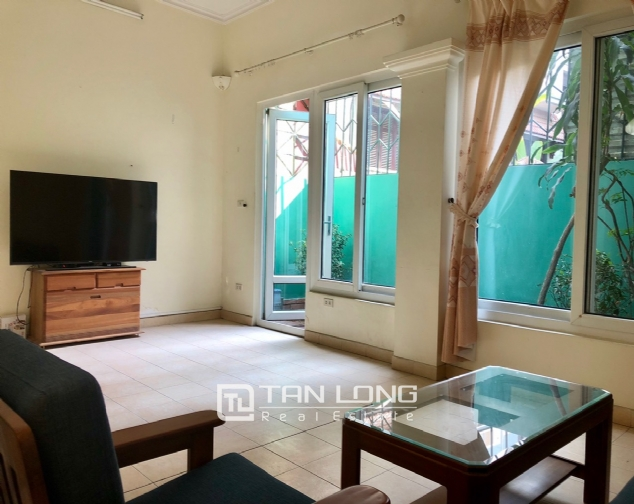 House on Xuan Dieu street for rent. 3