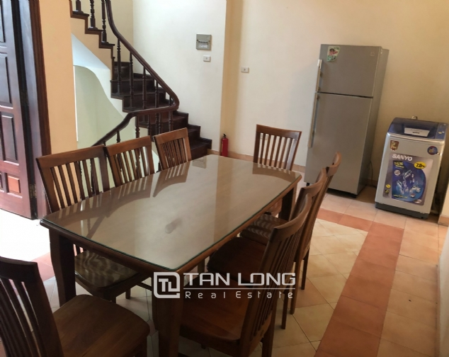 House on Xuan Dieu street for rent. 6