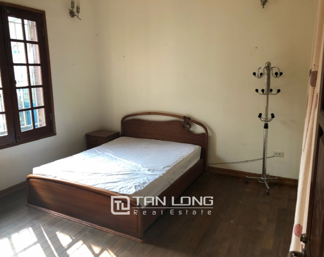 House on Xuan Dieu street for rent. 1