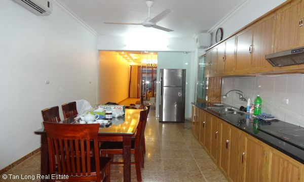 House with 4 bedrooms in Au Co street, Tay Ho for rent. 7