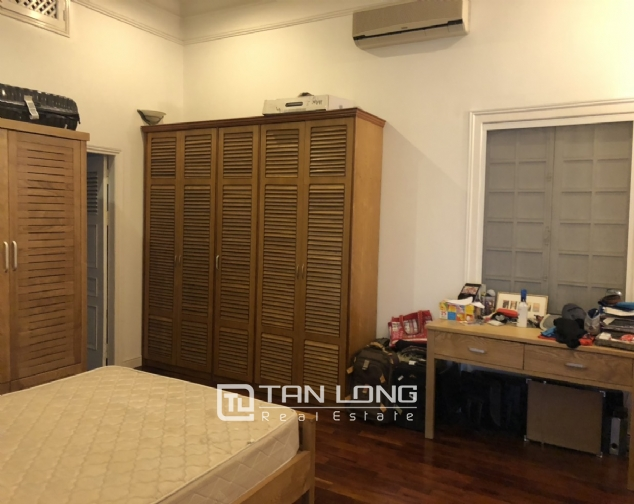 House with big yard and swimming pool for lease in Dang Thai Mai street, Tay Ho district! 2