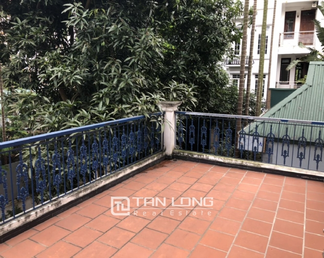 House with big yard and swimming pool for lease in Dang Thai Mai street, Tay Ho district! 5