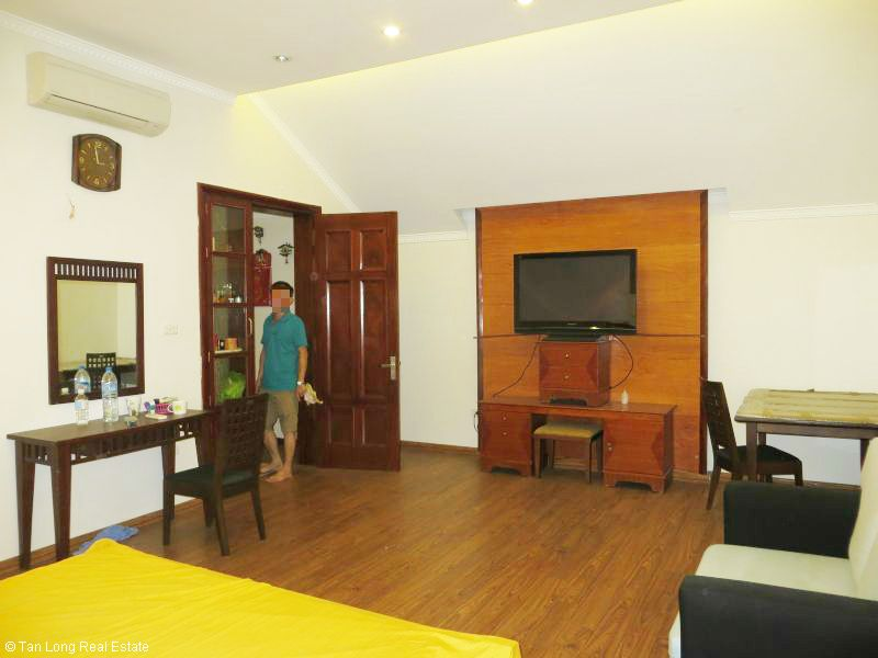 House with garden for rent in Bo De, Long Bien dist, Hanoi 8