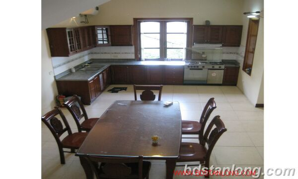 House with lake view in Tay Ho for rent 5