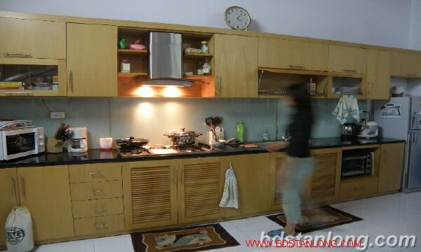 House with large yard in Nghi Tam street, Tay Ho for rent. 4