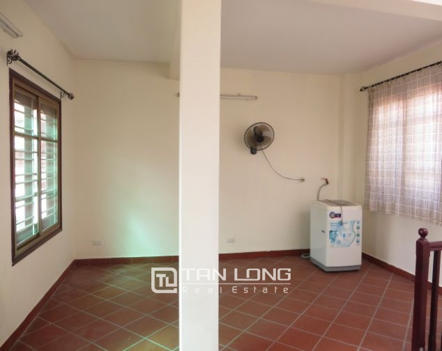 House with small yard for rent in To Ngoc Van str, Tay Ho dist, HN 2