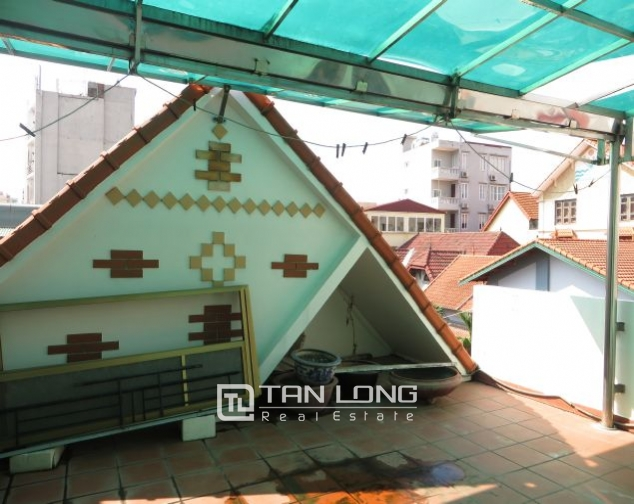 House with small yard for rent in To Ngoc Van str, Tay Ho dist, HN 4