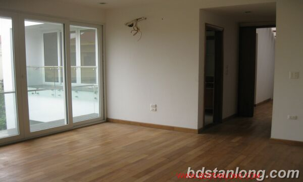 House with swimming pool in To Ngoc Van, Tay Ho for rent 3