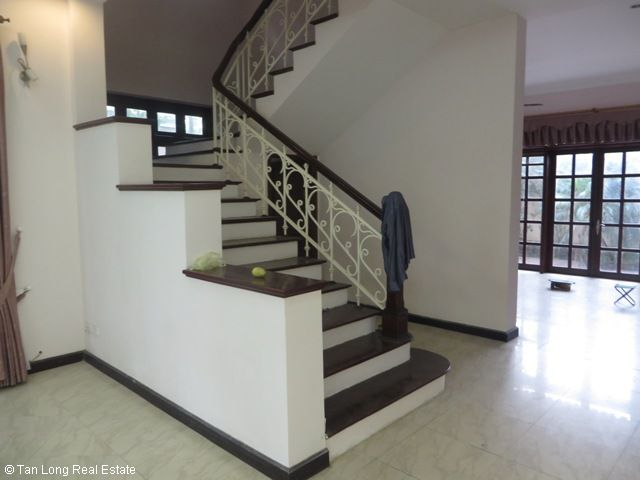 Huge villa with 5 bedrooms for lease in C7 Block, Ciputra, Hanoi 1