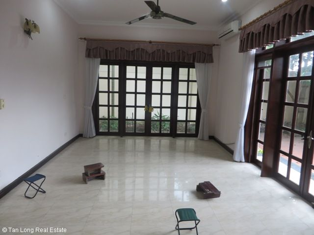 Huge villa with 5 bedrooms for lease in C7 Block, Ciputra, Hanoi 3