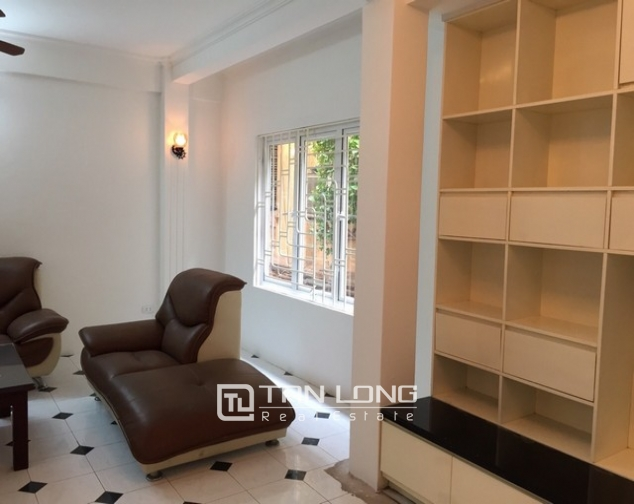 Ideal house in Ngo Van So street, Hoan Kiem dist for lease 2