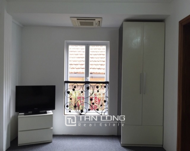 Ideal house in Ngo Van So street, Hoan Kiem dist for lease 8