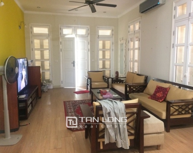INCREDIBLE  nice 4 bedroom villa with full furnished  for lease in T9, Ciputra, Ha Noi 5