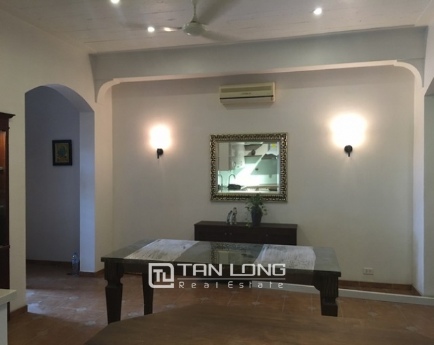 Lake front house with 3 bedrooms to rent in Nguyen Dinh Thi, Tay Ho, Hanoi 8