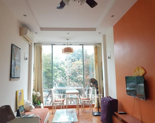 Lake view 1 bedroom apartment for rent in Yen Phu street Tay Ho district 1